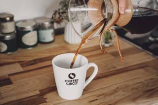 Dein Kaffee ist fertig, lass es dir schmecken!