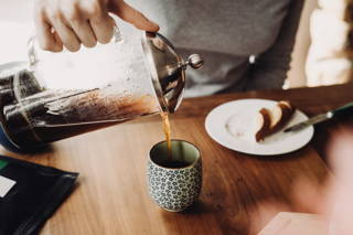 Frischer Kaffee zum Frühstück
