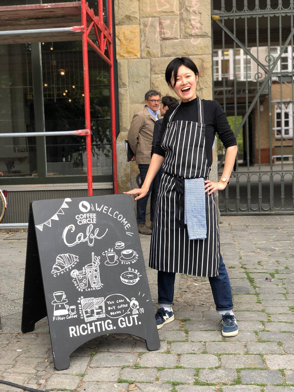 Herzlich Willkommen im Coffee Circle Cafe