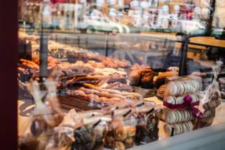 Köstlichkeiten im Café du Bonheur