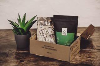 Limu und Buch aus der Geschenkbox