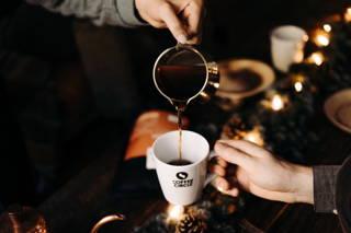 Kaffeemoment an Weihnachten