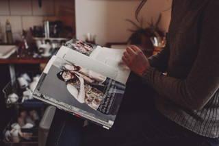 Lesen in der Küche