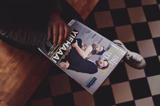 Business Punk Magazin von oben