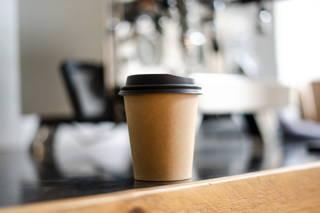 Welcher wiederverwendbare Kaffeebecher besteht den Test.
