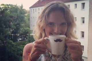Unsere Kaffeetesterin Alice