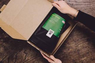 Limu in der weihnachtlichen Geschenkverpackung