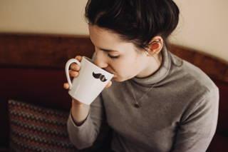 Für Anna bedeutet der Kaffee am morgen eine Auszeit