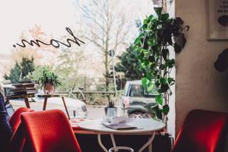 Hom Café Blick nach draußen