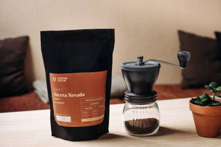 Sierra Nevada Kaffee in der Hario Skerton Mühle