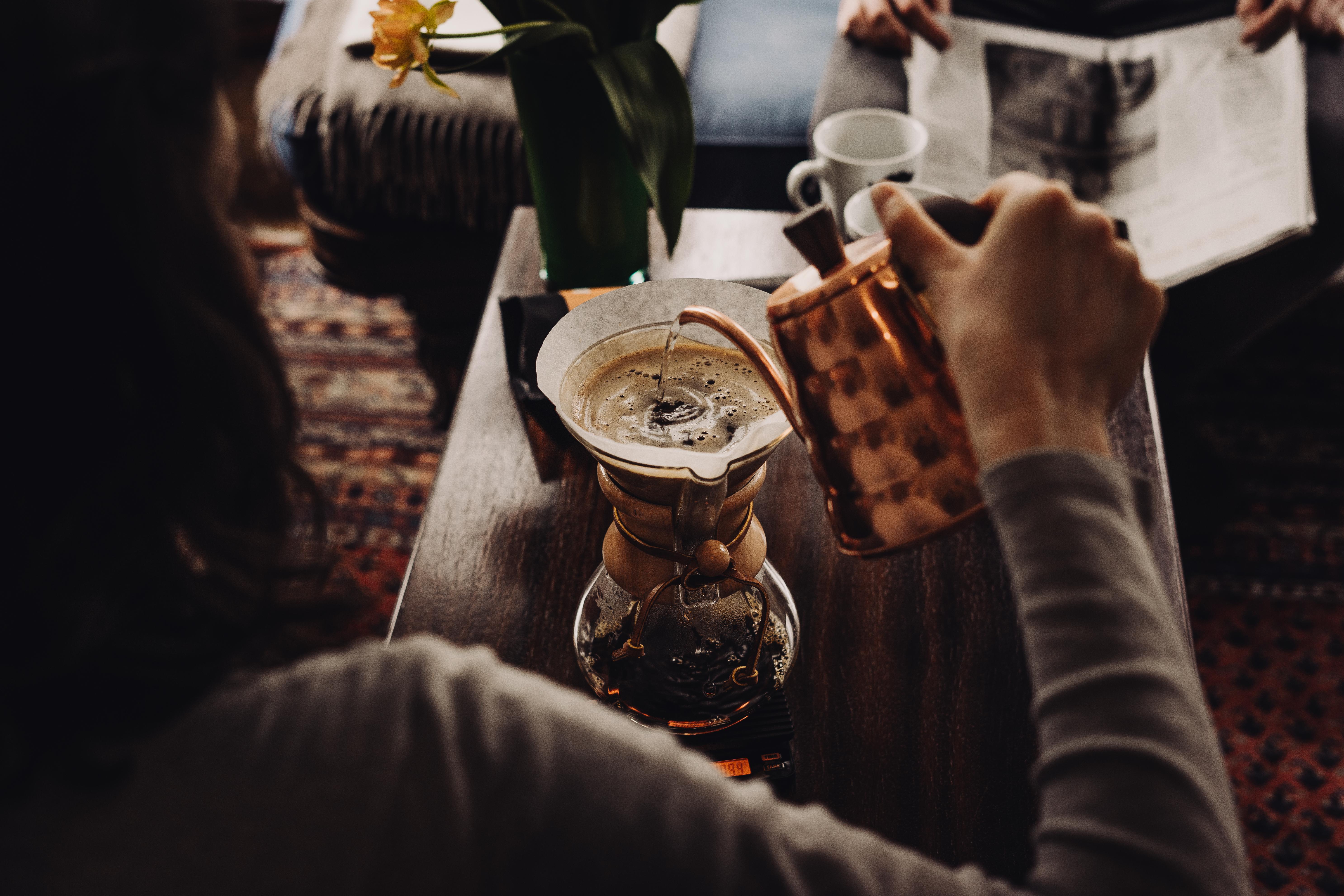 Erfüllt den ganzen Raum mit dem Duft von Kaffee