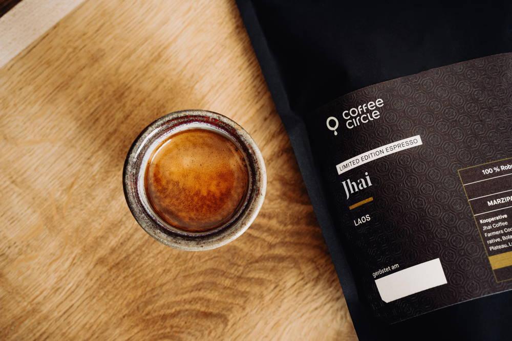 Jhai Robusta Espresso und Espressotasse