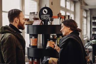 Hol deinen Kaffee auch gerne persönlich ab