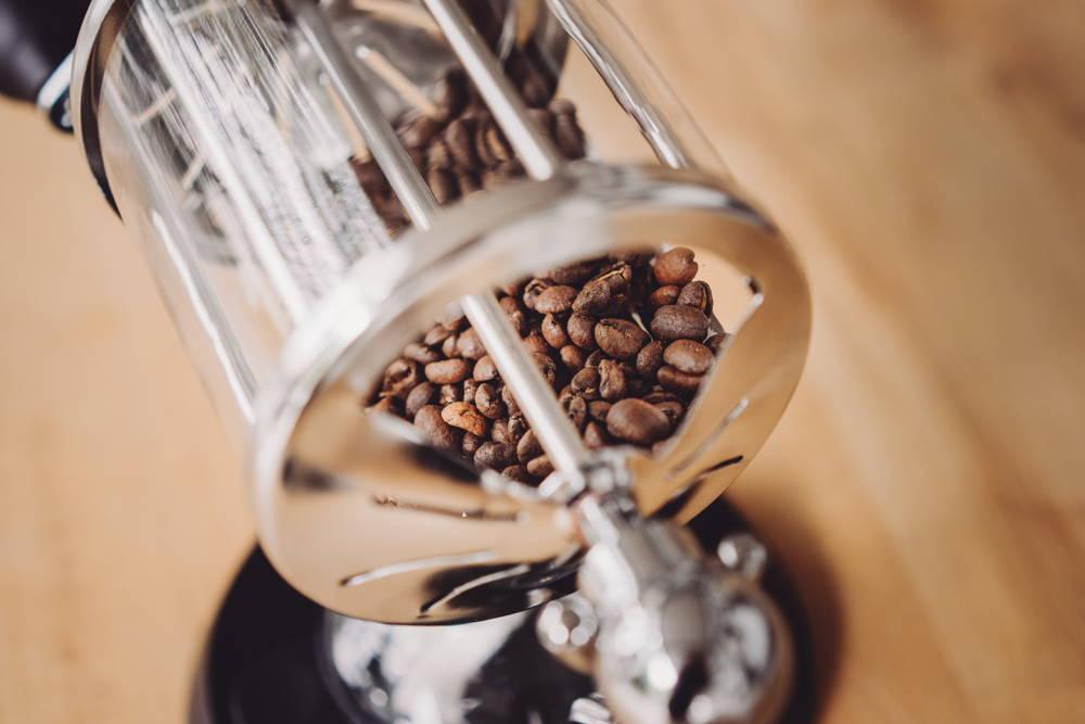 So kann man auch zu Hause Kaffee rösten